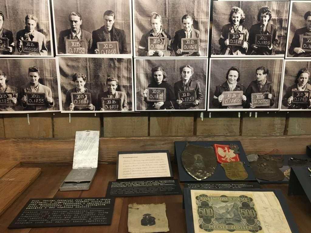 foto di giovani deportati del ghetto di varsavia